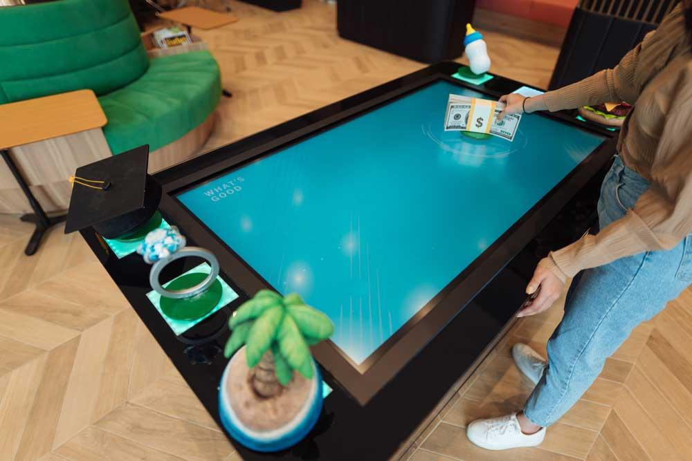 Manulife-RFID-Table008