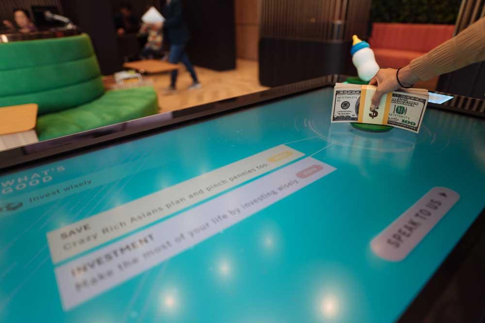 Manulife-RFID-Table009