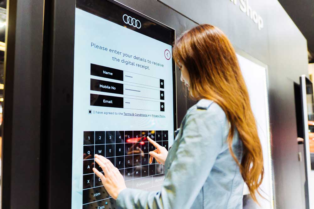 Audi-Motorshow-Smart-Retail-23