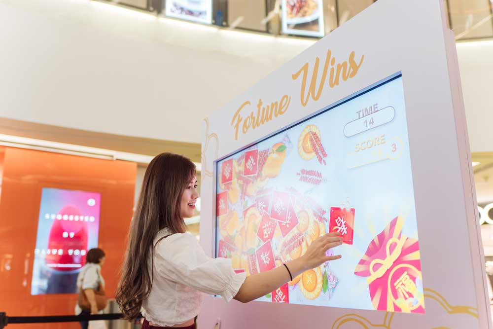 Clementi-Mall-Fortune-Reading-&-Sorting-Game011