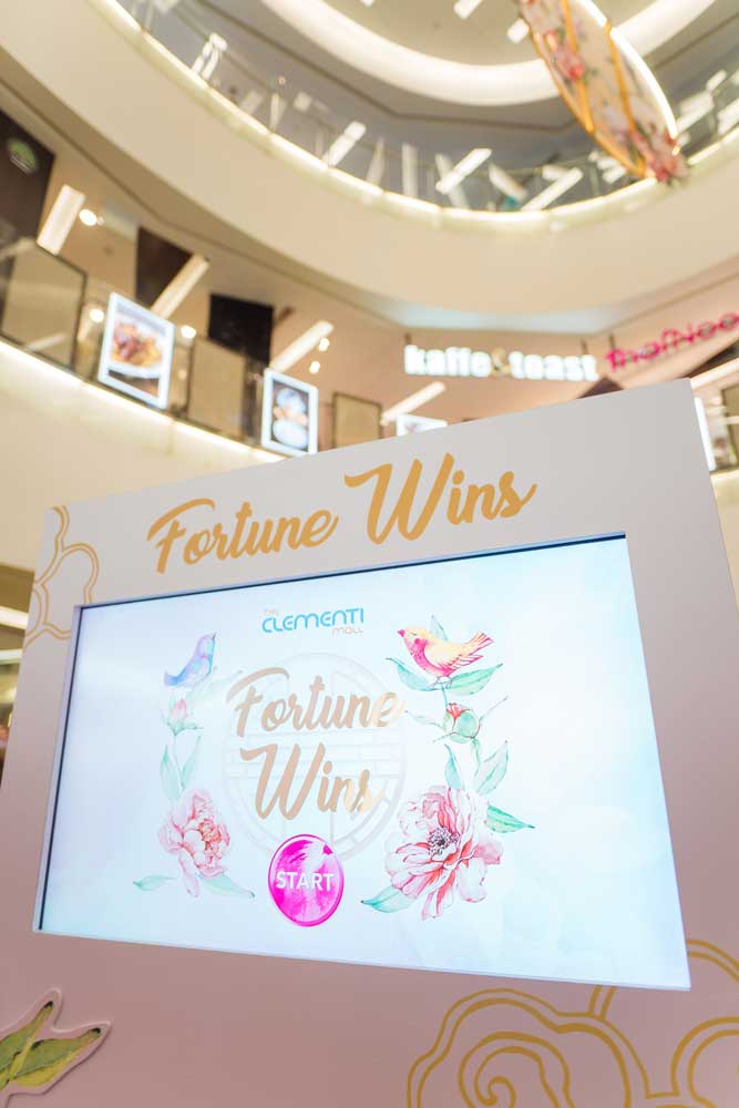Clementi-Mall-Fortune-Reading-&-Sorting-Game018