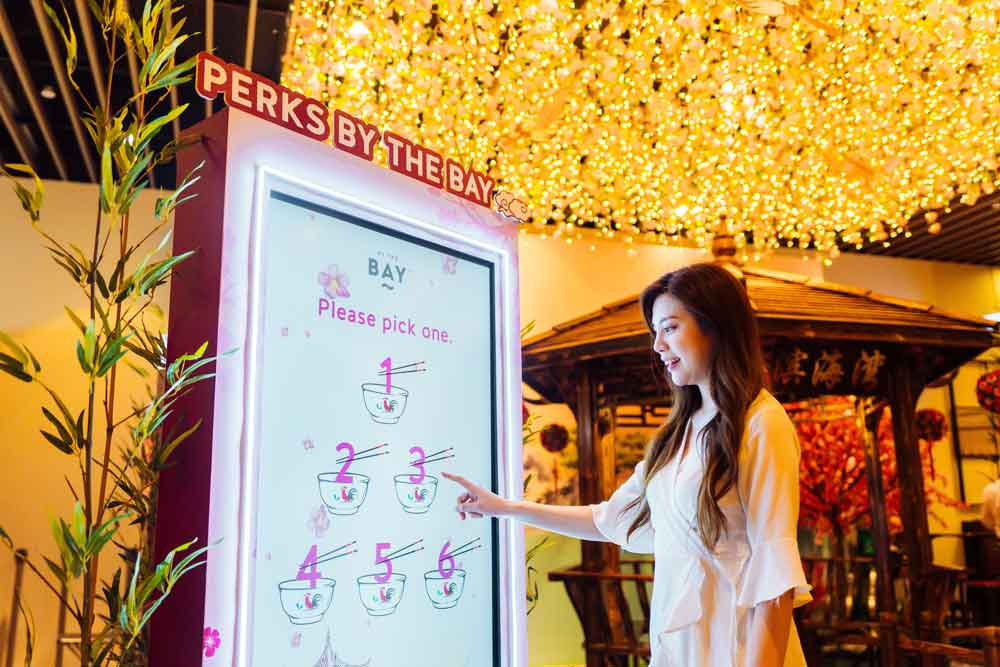RQAM-CNY-Tap-&-Win-and-Interactive-Zodiac-Booth-41