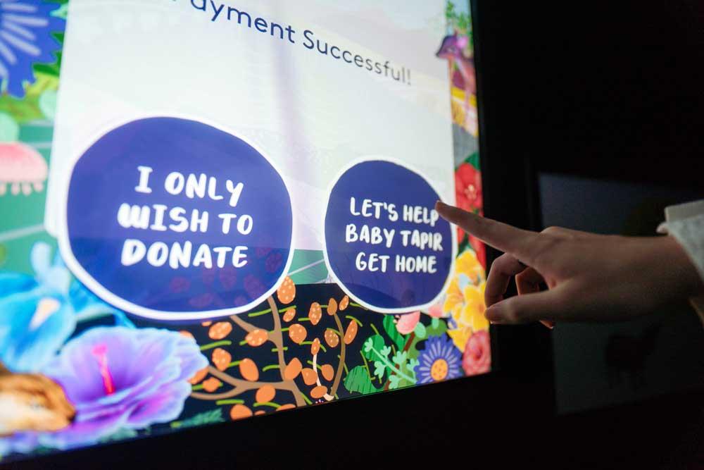 Help-Baby-Tapir-Get-Home-Donation-Kiosk014